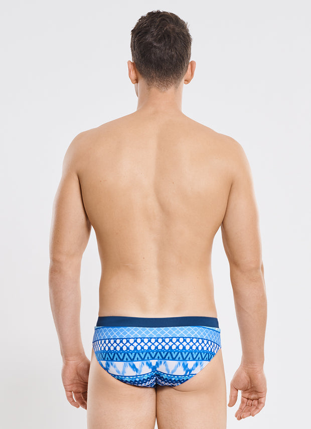 Riviera Racer Brief