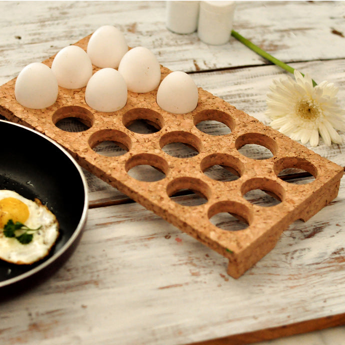 Cork egg tray