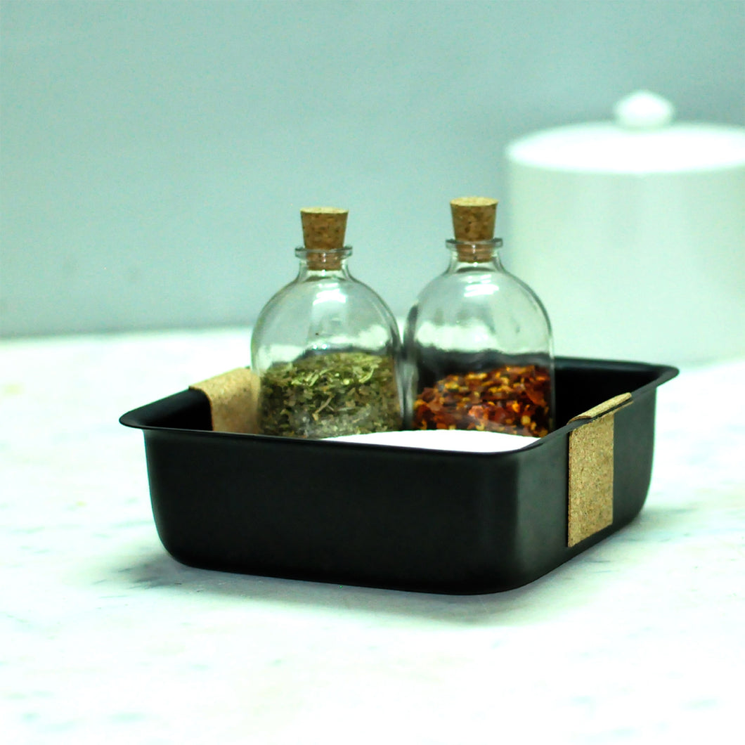 Cork dining tray with seasoning bottles