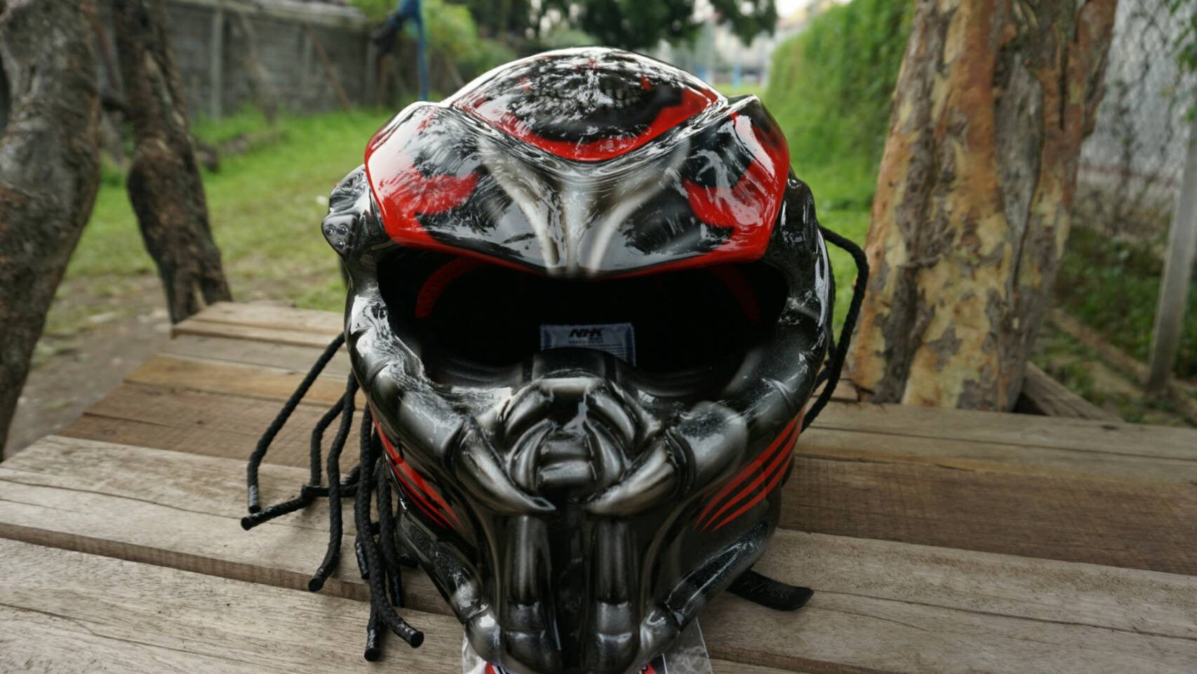 custom predator real motorcycle helmet pattern