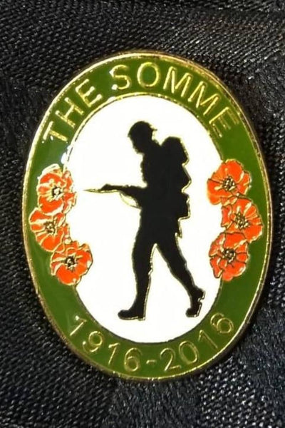 Remembrance Badge, The Somme Centenary WW1, 1916-2016 - Konig Books