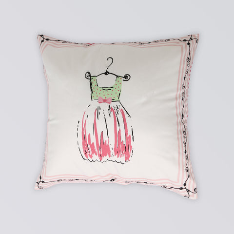CUSHION PLAYING DRESSUP