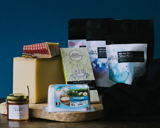 TEA & CHEESE HAMPER