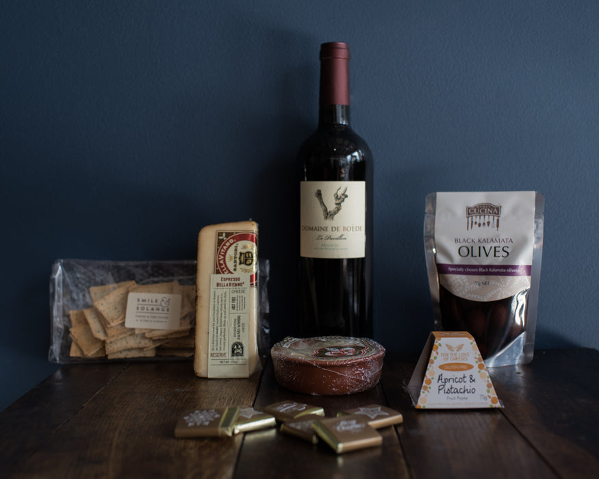 CHRISTMAS CHOCOLATES, RED WINE & CHEESES