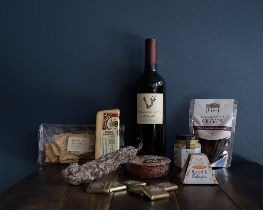 CHRISTMAS CHOCOLATE, RED WINE, CHEESES & CHARCUTERIE