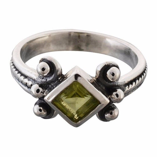 Arvino 925 Sterling Silver Ring With Peridot Gemstone-Arvino Online