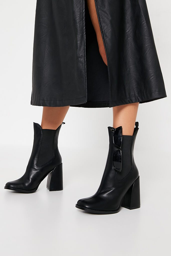 Black Flared Heel Western Chelsea Boot