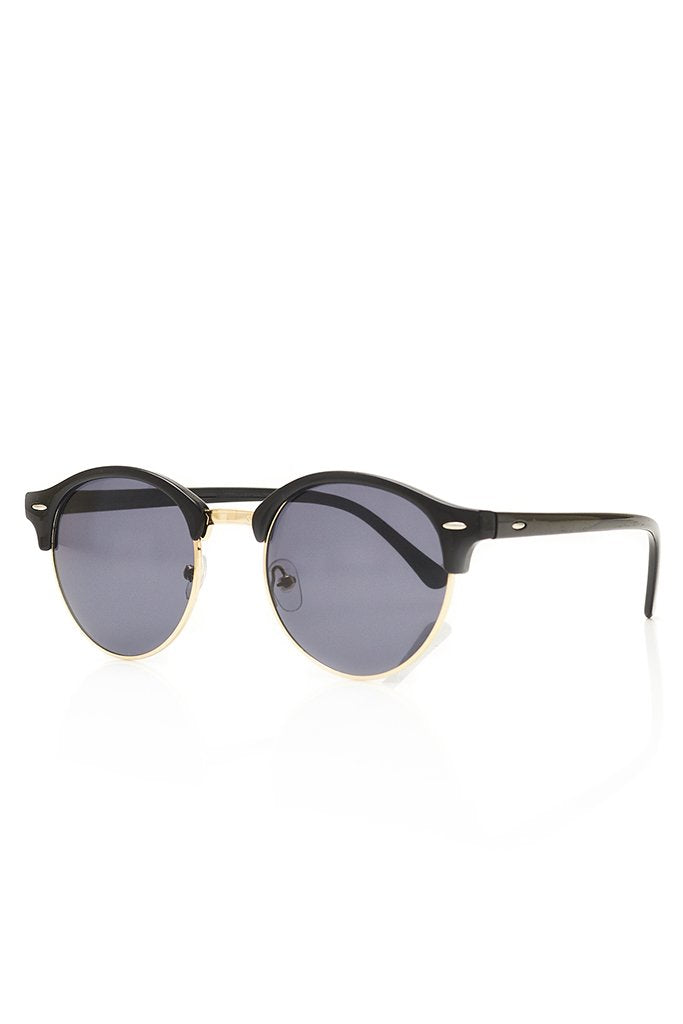 Black Metal Frame Sunglasses view 3