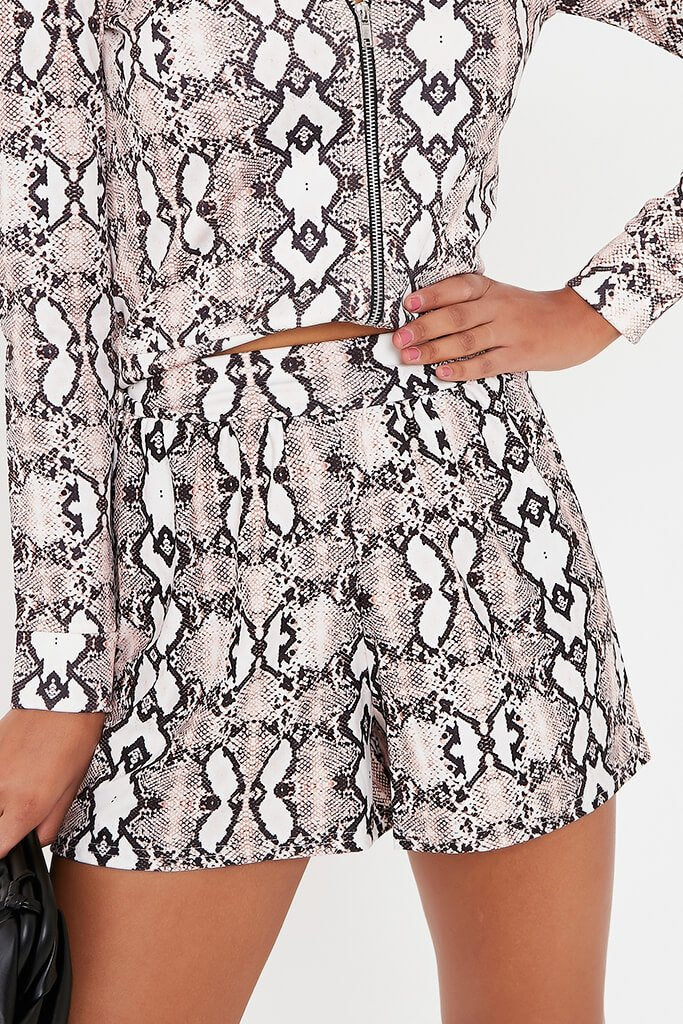 Snake Printed High Waisted Loose Fit Shorts view 4