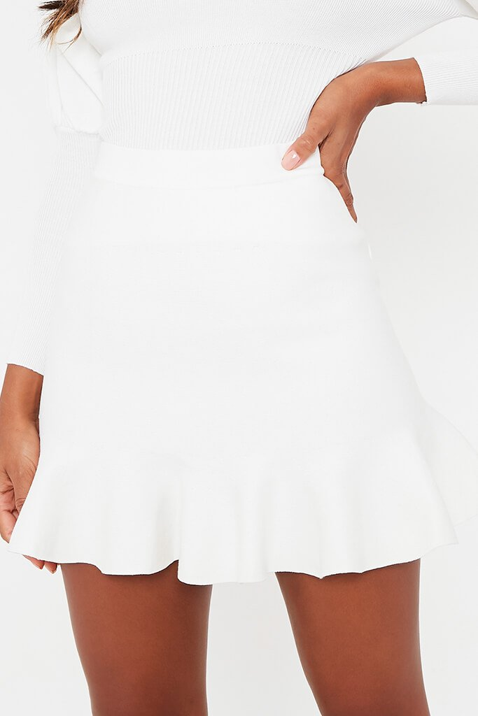 White Knitted Mini Skirt With Flute Hem view 5