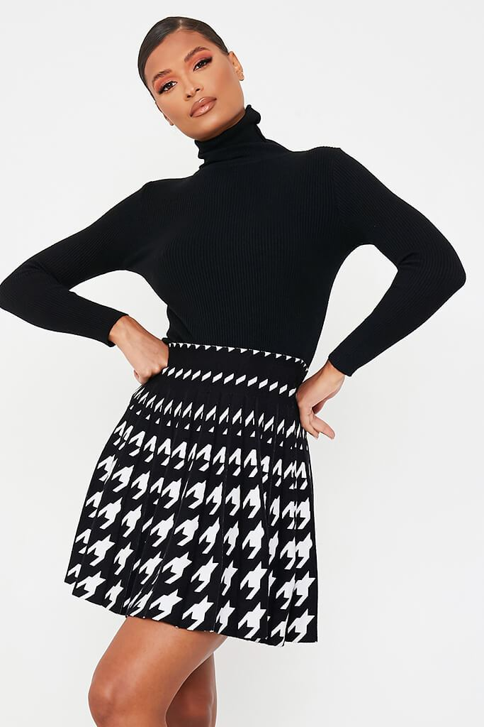 Black & White Mini Dogtooth Knit Mini Skirt