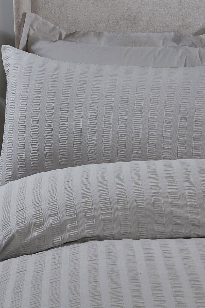 Silver Super King Size Classic Seersucker Bedding Set view 2
