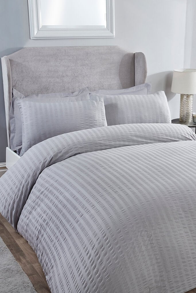 Silver Super King Size Classic Seersucker Bedding Set view main view