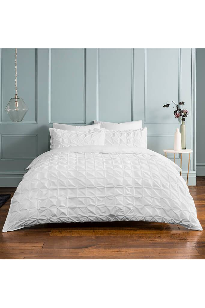 White King Size Set Ruched Pleat Bedding view 2