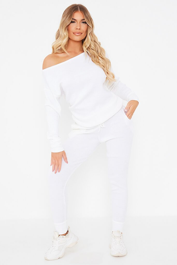 White Knitted Off The Shoulder Jumper And Jogger Set view 2