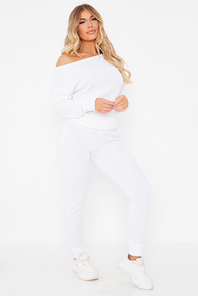 White Knitted Off The Shoulder Jumper And Jogger Set view 3