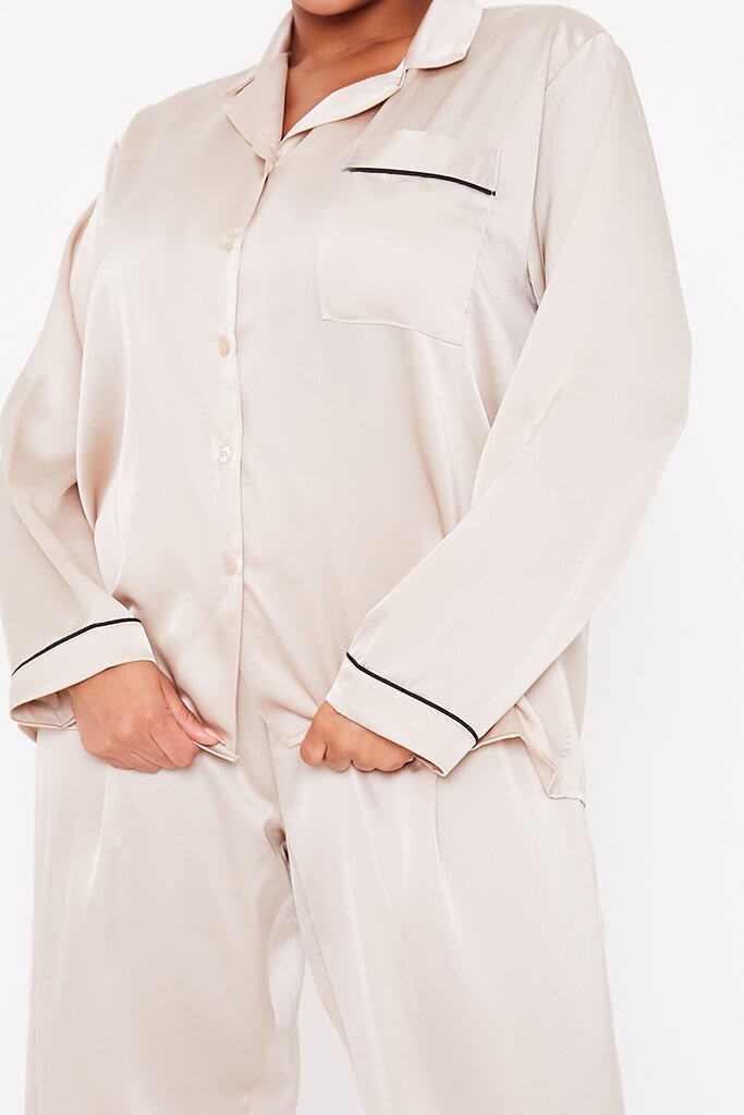 Champagne Plus Size Long Sleeve Satin Pyjama Set With Contrast Piping view 5