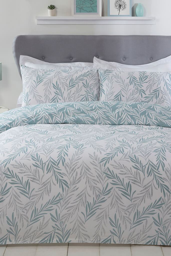 Sage Single Trailing Leaf Duvet Set view 2