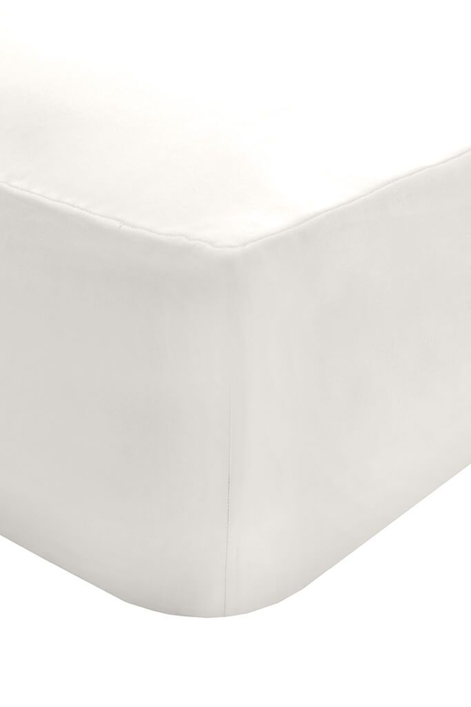White Double Fitted Sheet view 2