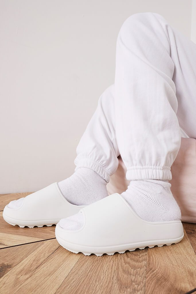 White Rubber Ribbed Sole Sliders