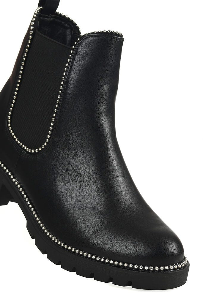 Black Studded Trim Chelsea Boots view 5
