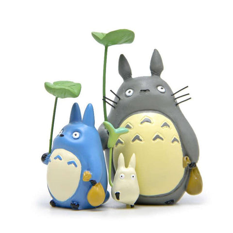 Totoro Family With Leaf Figure - 50shades.store
