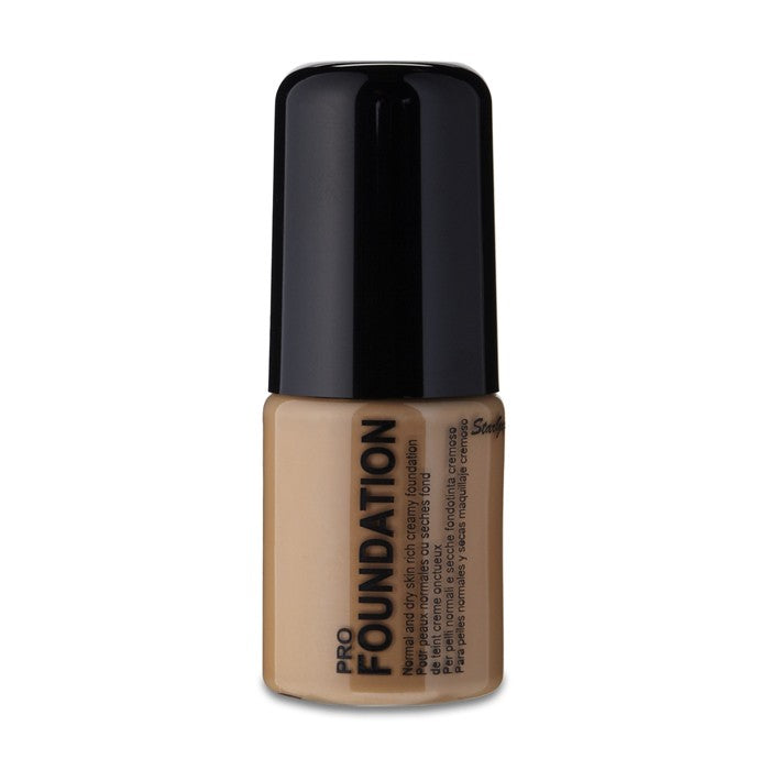 Stargazer Pro Creamy Liquid Foundation -Tan
