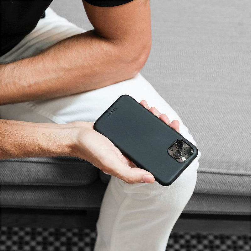 "Tunt iPhone 11 6,1"" Designskal V2  - Stealth Black"