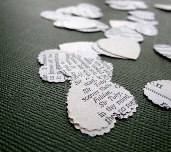 Shakespeare Wedding Confetti, White Paper Confetti, Book Lovers Wedding
