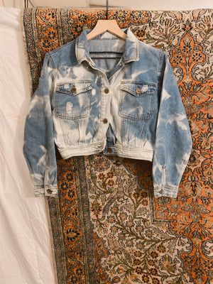 Load image into Gallery viewer, Crop Blue Denim Jacket
