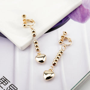 Anime HUNTER X HUNTER Hisoka Earrings Gold Heart Pendant Beaded Tassel Earrings For Women Men Cosplay Jewelry