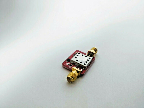 Tiny Low Noise Amplifier 10-4000MHz. Wide 3.6V-24V supply; reverse polarity protected