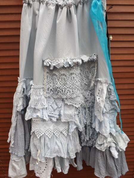 Vivi Vintage Lace Long Skirt