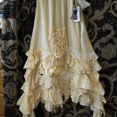 Vintage Lace Train Skirt