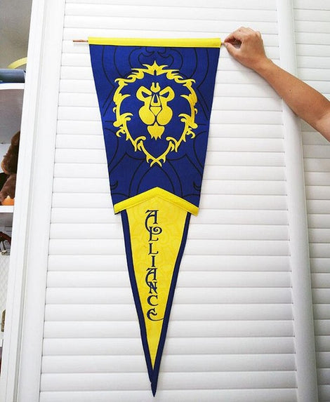 World of Warcraft Horde or Alliance triangle flag banner