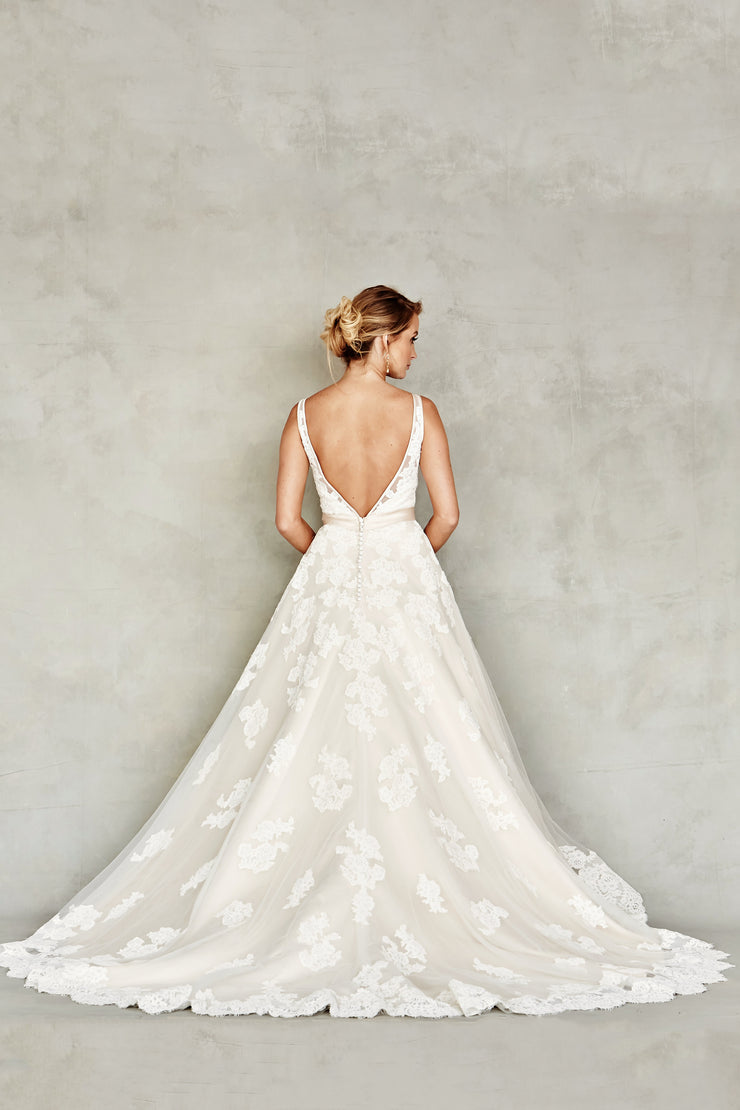 Dana Graham Bridal Collection Style 4219