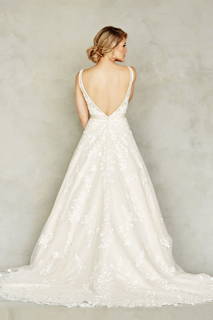 Dana Graham Bridal Collection Style 4220 (In Store Only) - Chicago Bridal Store Company