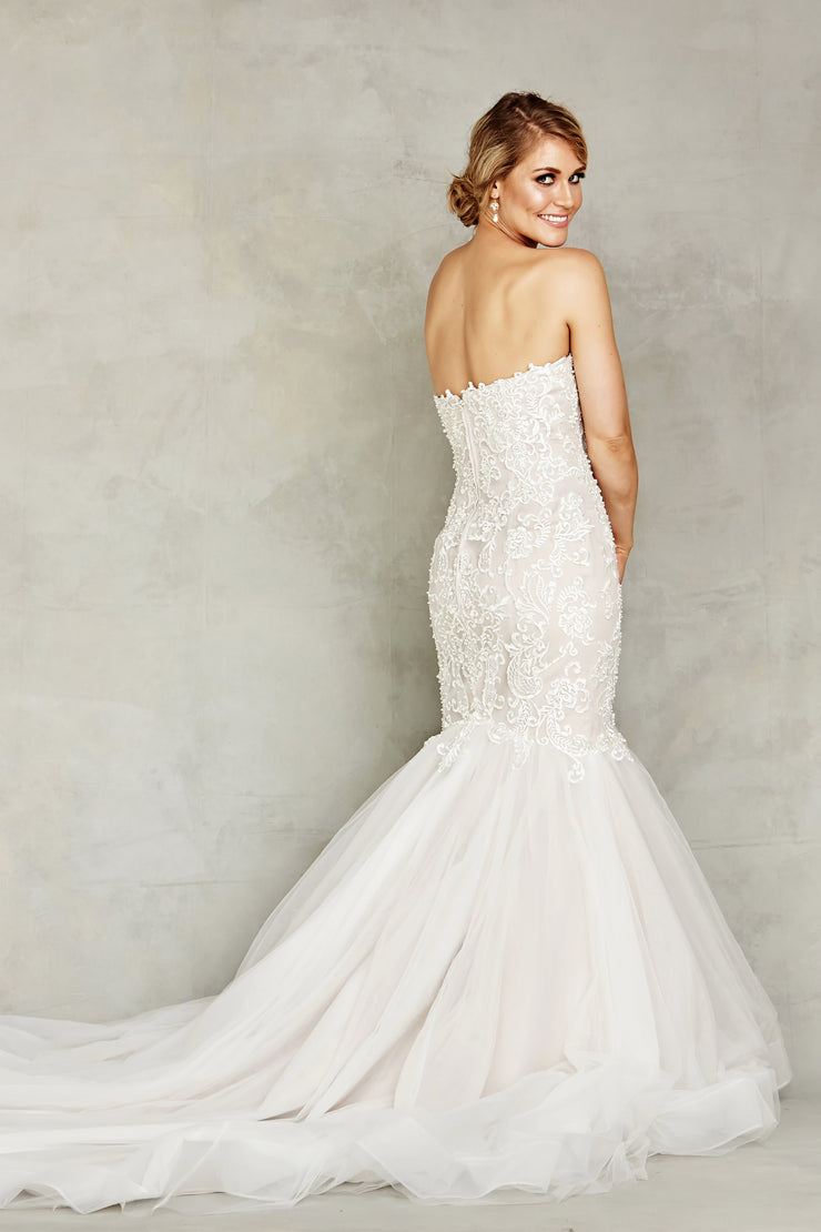 Dana Graham Bridal Collection Style 4226 - Chicago Bridal Store Company