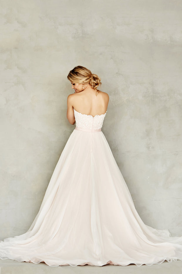 Dana Graham Bridal Collection Style 4233 - Chicago Bridal Store Company
