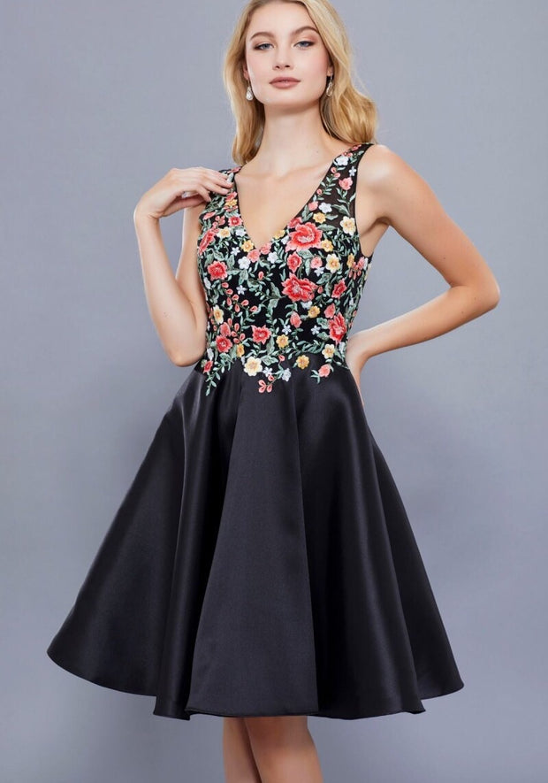 BLACK FLORAL EMBROIDERED SHORT V NECK DRESS - Chicago Bridal Store Company