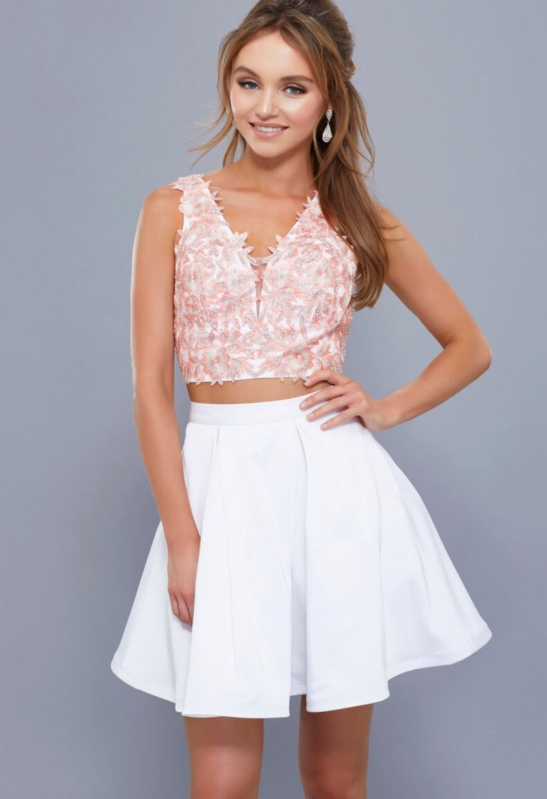 BLASHFUL PINK & WHITE TWO PIECE DRESS WITH V NECKLINE TOP AND FULL SKIRT