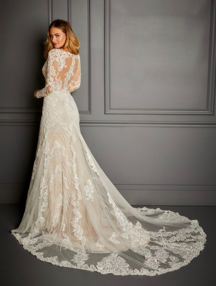 The Hampton Road Long Sleeve Wedding Gown