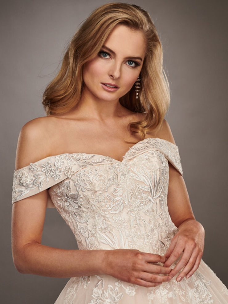 Jessica Gown- Couture Damour MB4072 - Chicago Bridal Store Company