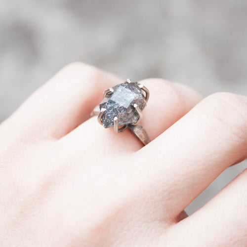 prong quartz ring