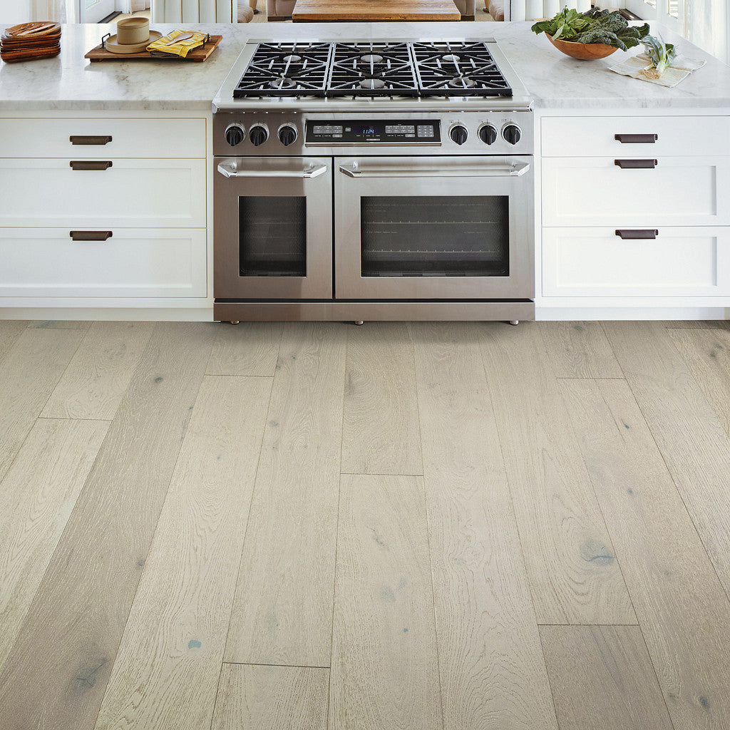 Shaw - Castlewood Oak Hardwood - 01075 Knight