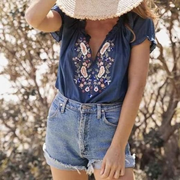 Embroidered Floral Blouse - Blue / L - Blouse