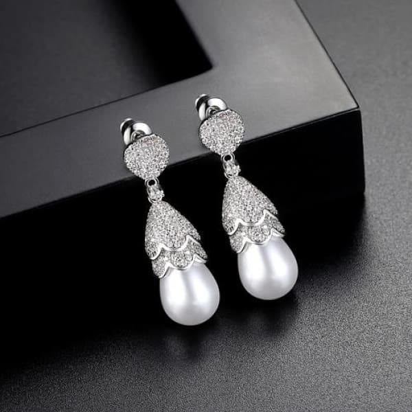 Crystal & Pearl Drop Earrings - Drop Earrings