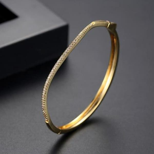 Curved Channel Set Bangle - 18K Gold - Bangle
