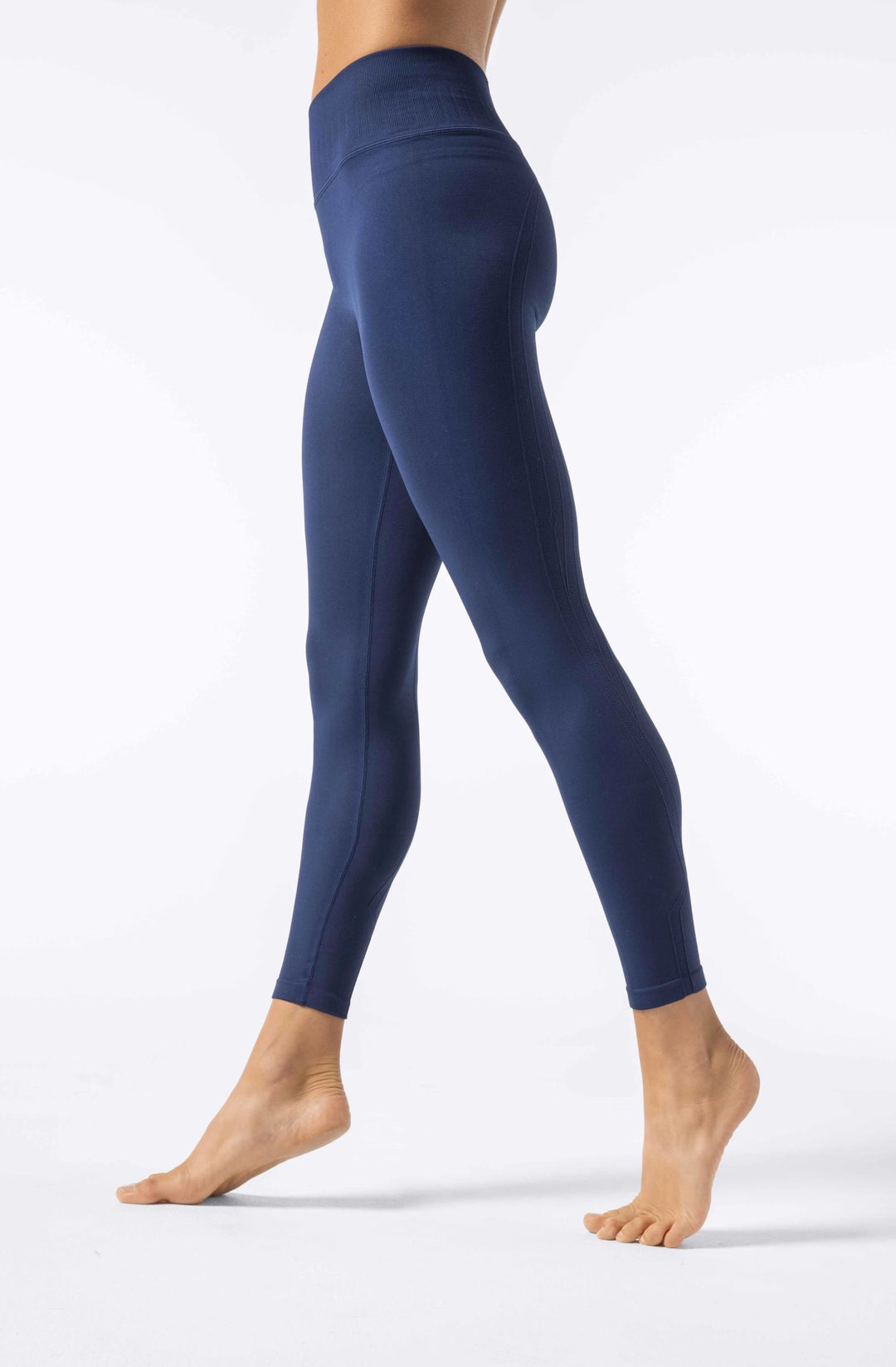 WATER Restore Seamless High-Waisted 7/8 Leggings -- Deep Blue