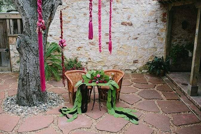 Holman Ranch Frida Table garland wedding planner Julie Cahill photography